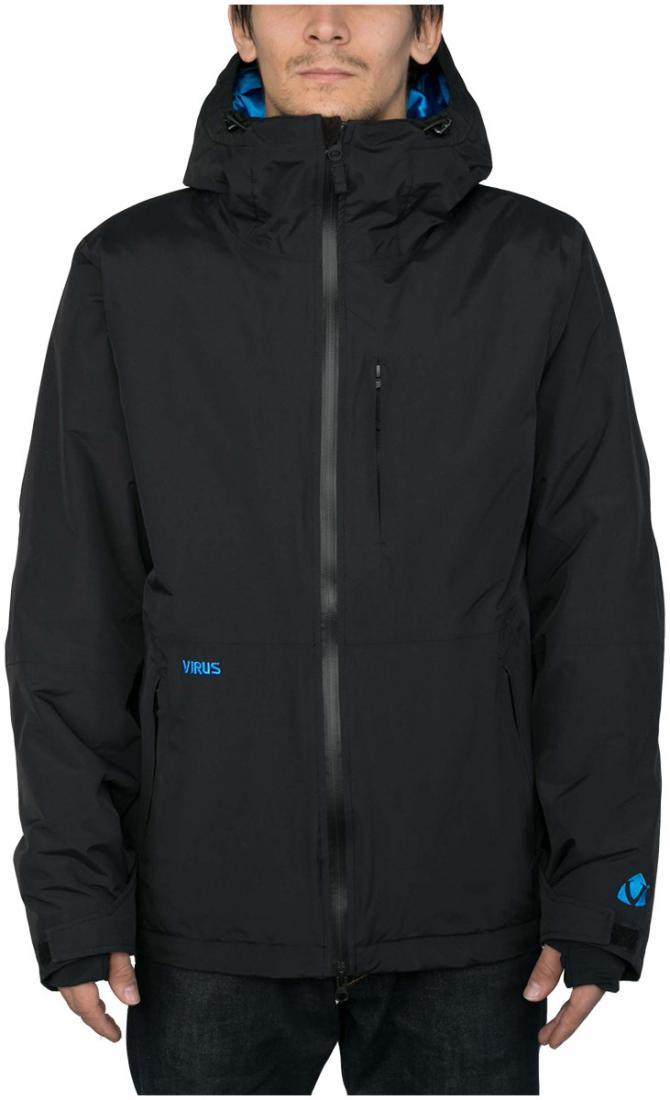 Куртка утепленная CyrusКуртки<br><br>Максимально лаконичная утепленная куртка для увлеченных сноубордистов. Мы хотели создать вещь, которая станет идеальной в соотношении «цена-качество» - так появилась модель Cyrus. Она оснащена слоем утеплителя в критически важных местах, удобной дву...<br><br>Цвет: Черный<br>Размер: 56