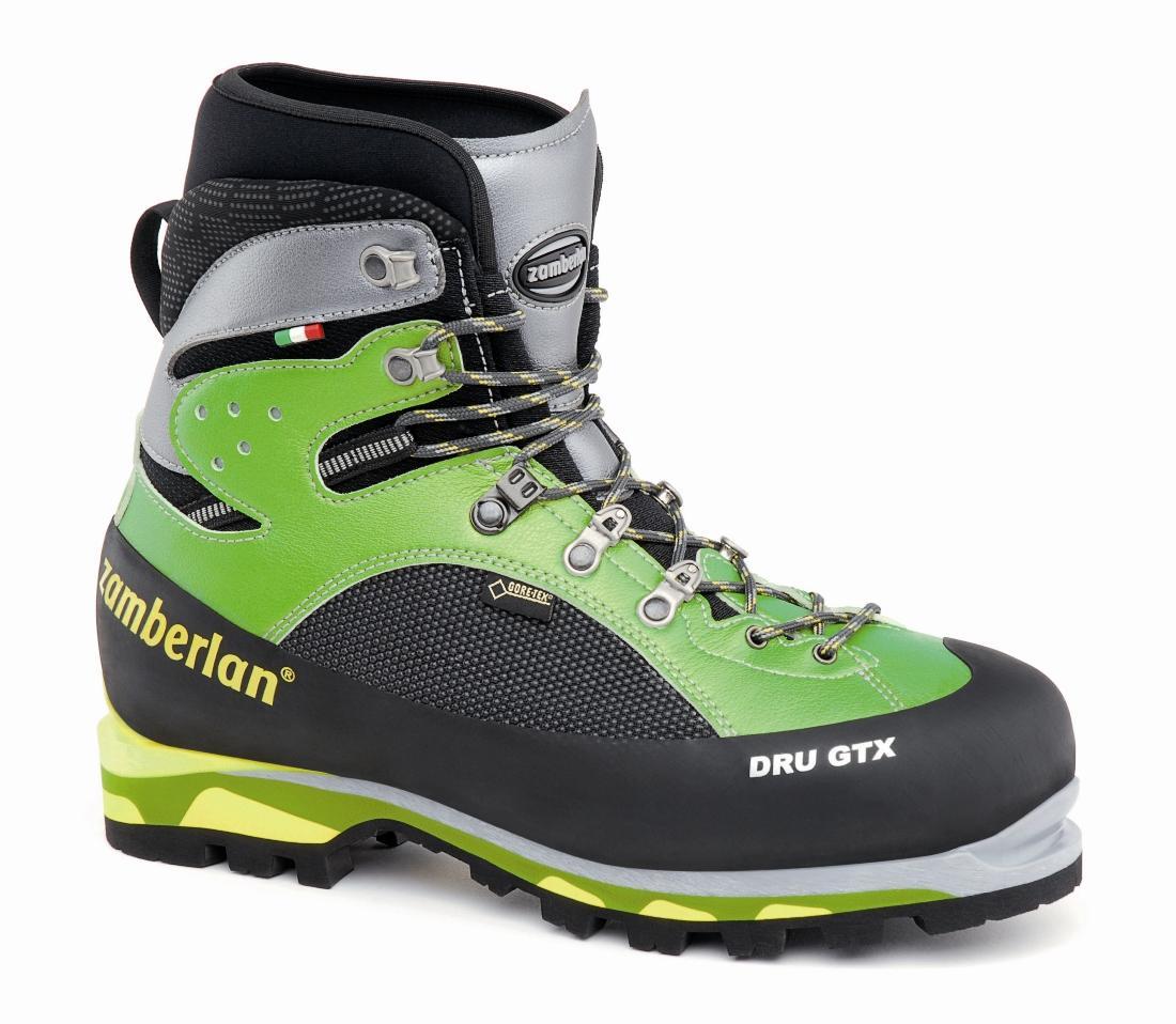 Ботинки 2070 Dru GTX RRАльпинистские<br><br> Высокогорные ботинки на облегченной устойчивой платформе с узкой посадкой. Верх из микрофибры и материала Ceramic Cordura. Интегрированные неопреновые гетры. Легко надеваются. Компактный дизайн. Усилены резиновой вставкой по всему периметру ботинка...<br><br>Цвет: Зеленый<br>Размер: 40