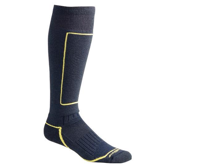 Носки лыжные 5021 BoyneНоски<br>Изготовленные с применением технологии Wick Dry® и Eco волокон, эти носки создают мягкую поддержку ноги и эффективно отводят влагу, сохраняя ноги в комфорте. Уплотненные голень и подошва обеспечивают защиту от компрессионных повреждений и дополнительну...<br><br>Цвет: Темно-синий<br>Размер: L