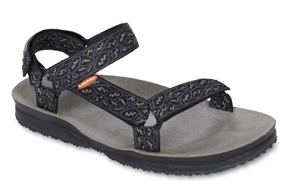 Сандалии HIKEСандалии<br>Легкие и прочные сандалии для различных видов outdoor активности<br><br>Верх: тройная конструкция из текстильной стропы с боковыми стяжками и застежками Velcro для прочной фиксации на ноге и быстрой регулировки.<br>Стелька: кожа.<br>&lt;...<br><br>Цвет: Черный<br>Размер: 35