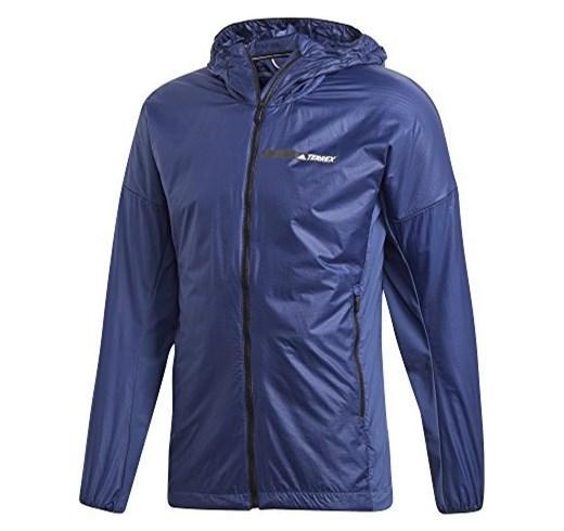 Ветровка муж. AGRAV HO ASHIELОсенние<br><br>Стильная мужская ветровка AGRAV HO ASHIEL от бренда Adidas – отличный вариант для осени или холодной весны. Поддерживает оптимальную температуру тела, имеет приталенный крой, плотно облегает, защищает от ветра. Легко складывается и умещается в карма...