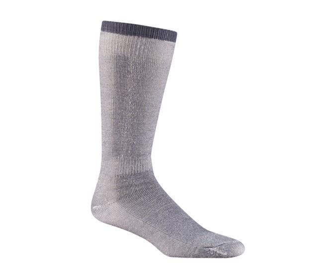 Носки лыжные 5810-2 SNOW PACKНоски<br><br> Теплые и комфортные носки. Комбинация супер мягкой мериносовой шерсти, шерсти и акрила создана специально для того, чтобы обеспечить оптимальный отвод влаги. Специальные уплотнения на подошве и голени защищают от компрессионных повреждений..<br><br>...<br><br>Цвет: Черный<br>Размер: L