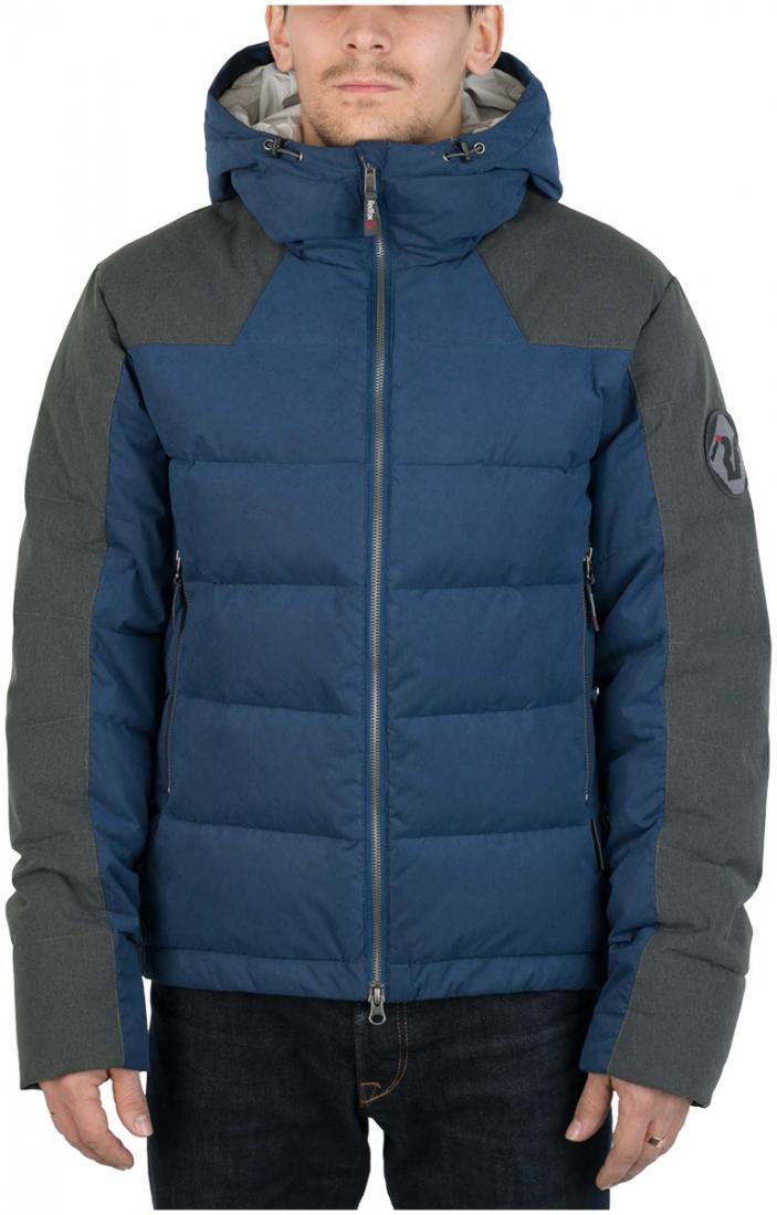 Куртка пуховая Nansen МужскаяКуртки<br><br> Пуховая куртка из прочного материала мягкой фактуры с «Peach» эффектом. стильный стеганый дизайн и функциональность деталей позволяют использовать модель в городских условиях и для отдыха за городом.<br><br><br>  Основные характеристики <br>&lt;...<br><br>Цвет: Темно-синий<br>Размер: 56