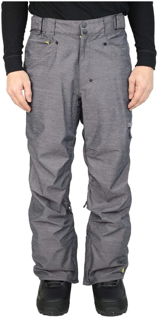 Штаны сноубордические MobsterБрюки, штаны<br><br> Сноубордические штаны свободного кроя Mobster сконструированы специально для катания вне трасс. Этому также способствуют карманы, препят...<br><br>Цвет: Серый<br>Размер: 52