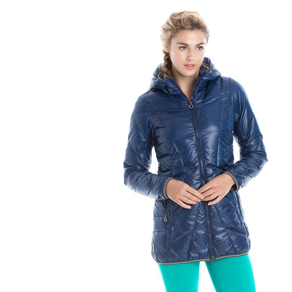Куртка LUW0311 GISELE JACKETКуртки<br>Тонкая стеганая куртка из ветрозащитной, водостойкой суперлегкой тканиидеально подходит дляпутешествий.<br><br>Особенности:<br><br>Стеганый<br>Центральная молния<br>Воротник можно убрать вкапюшон<br>Трико...<br><br>Цвет: Синий<br>Размер: L