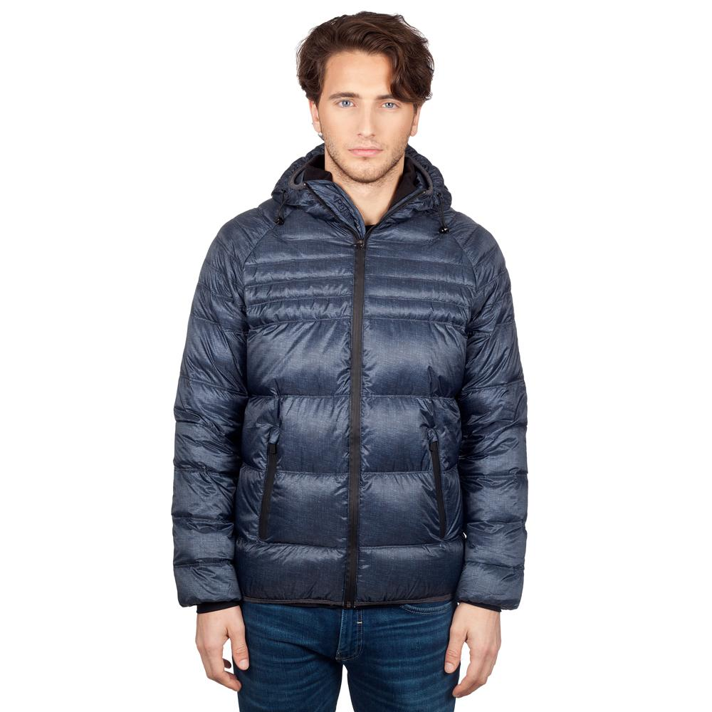 Куртка пуховая мужская MICHEALКуртки<br>Мужская очень легкая и компактная стеганая пуховая куртка с капюшоном. Практичное решение для любителей активного образа жизни. Внутренняя мягкая вязаная вставка на воротнике для особого комфорта. Удобные вязаные манжеты на рукавах, защищающие от холод...<br><br>Цвет: Синий<br>Размер: L