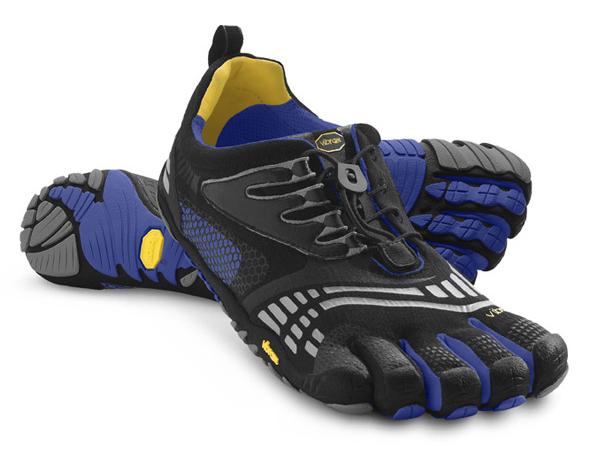 Мокасины FIVEFINGERS KOMODO SPORT LS MVibram FiveFingers<br>Модель разработана для любителей фитнесса, и обладает всеми преимуществами Komodo Sport. Модель оснащена популярной шнуровкой для широких стоп и высоких подъемов. Бесшовная стелька снижает трение, резиновая подошва Vibram  обеспечивает сцепление и необ...<br><br>Цвет: Голубой<br>Размер: 44