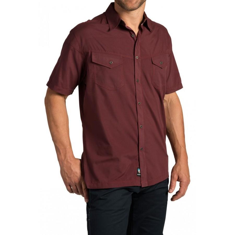 Рубашка StealthРубашки<br><br> Мужская рубашка Stealth от компании Kuhl с коротким рукавом отличается износостойкостью и легкостью. Она прекрасно подходит для повседневного использования, активного отдыха и путешествий. Материал, из которого она сшита, имеет антибактериальную за...<br><br>Цвет: Красный<br>Размер: XL
