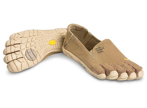 Мокасины FIVEFINGERS CVT-Hemp WVibram FiveFingers<br>Эта дышащая минималистичная модель без шнуровки обеспечивает устойчивую посадку и ощущение по-настоящему босоногой ходьбы. Изготовлена из смеси пеньки и полиэстера. Эта износостойкая и комфортная обувь подходит для повседневной носки.<br><br>П...<br><br>Цвет: Хаки<br>Размер: 41