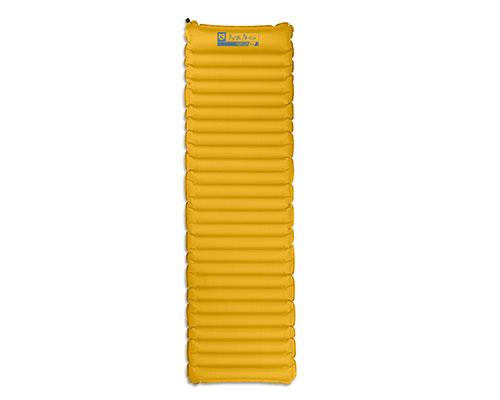 Коврик Astro™ Air Lite 20Коврики<br><br>NEMO - легендарный американский бренд с 12-летней историей, создатель инновационной неподражаемой технологии AirSupported (воздушных дуг для палаток). В своих продуктах всегда придерживается умного дизайна и использует самые передовые материалы. А...<br><br>Цвет: Желтый<br>Размер: Regular