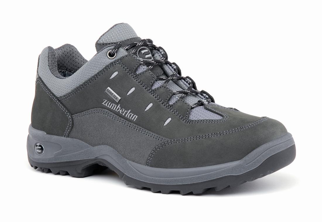 Ботинки 204 OAK LOW GTТреккинговые<br><br> Для страстных любителей долгих прогулок и ежедневных походов. Легкие и устойчивые ботинки, подкладка с мембраной GORE-TEX® обеспечивает воздухопроницаемость и водонепроницаемость. Верх из нубука со специальной шнуровкой. Дополнительную стабильность...<br><br>Цвет: Серый<br>Размер: 44.5