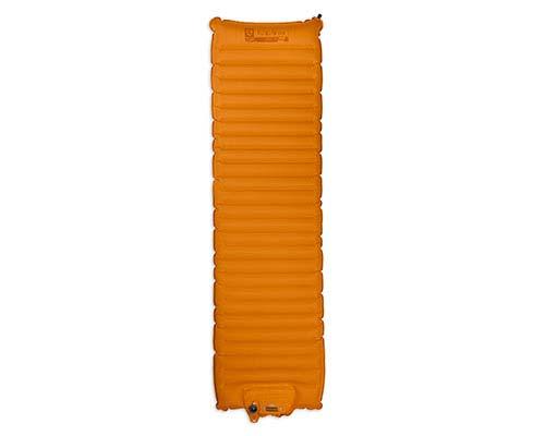 Коврик Cosmo™ Air Lite 20Туристические<br>Эффективный насос-помпа, горизонтальные воздушные каналы и дополнительная система Pillowtop™ - все это делает коврик  Cosmo™ Air Lite 20 R отличным заменителем домашней кровати. Это сверхкомпактный коврик  благодаря использованию супер-легкого наружног...<br><br>Цвет: Оранжевый<br>Размер: 182