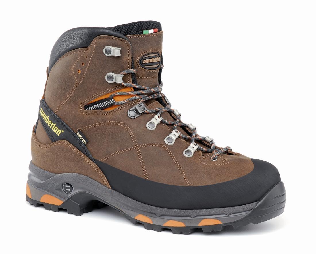 Ботинки 1050 TREK MAGIC GT RRТреккинговые<br><br> Современный туризм. Поддерживающие, удобные и техничные. Эти высокие ботинки обеспечивают поддержку при переносе тяжелых рюкзаков. Широкая колодка для большего комфорта. Верх из водостойкой кожи Perwanger в сочетании с мембраной GORE-TEX® обеспечив...<br><br>Цвет: Коричневый<br>Размер: 43.5
