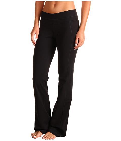 Брюки SSL0007 MOTION PANTS 35 INБрюки, штаны<br><br> Спортивные брюки с расклешенными внизу штанинами. Брюки Motion особенно хорошо садятся на невысоких девушек, за счет своей классической п...<br><br>Цвет: Черный<br>Размер: XS