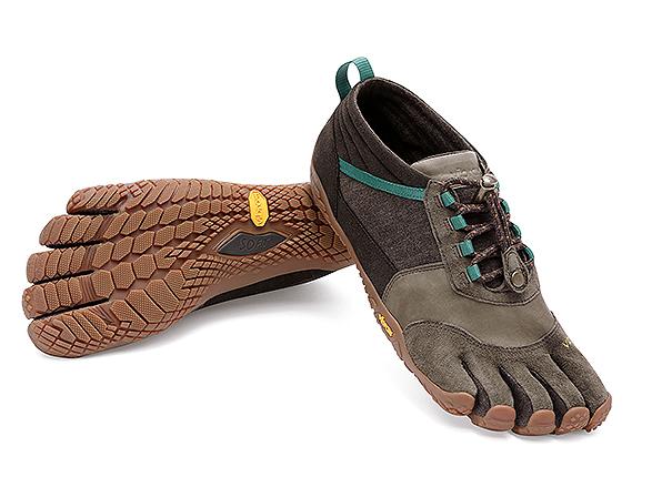 Мокасины FIVEFINGERS Trek Ascent LR WVibram FiveFingers<br>Новинка Trek Ascent LR – это минималистичная обувь с грубой подошвой для пеших прогулок по труднопроходимой местности. Наружный слой подошвы, обеспечивающий супер-сцепление, и верх из кожи и пеньки превращают оригинальную модель в полноприводную.<br>...<br><br>Цвет: Коричневый<br>Размер: 36