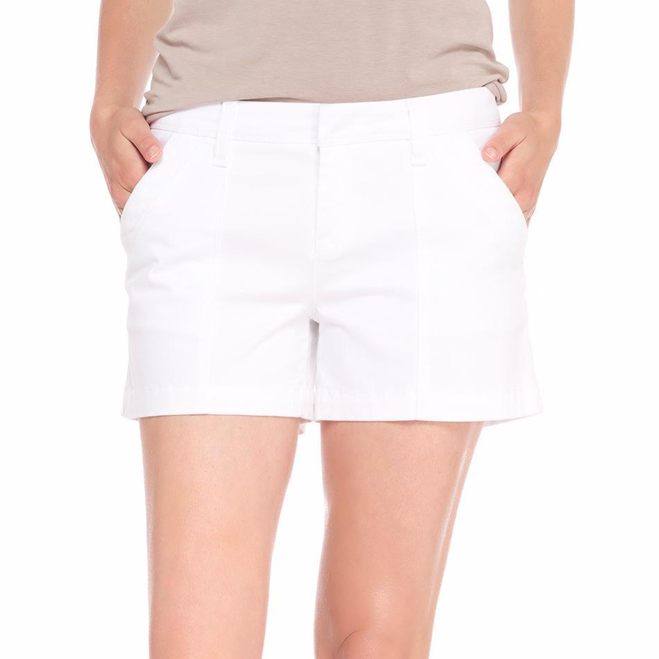 Шорты LSW1216 CASEY SHORTSШорты, бриджи<br><br><br><br> Стильные хлопковые женские шорты LSW1216 Casey Shorts от Lole идеальны для повседневной носки. Мягкие и удобные, он и не стесняют движения и позволяют с комфортом наслаждаться длитель...<br><br>Цвет: Белый<br>Размер: 4