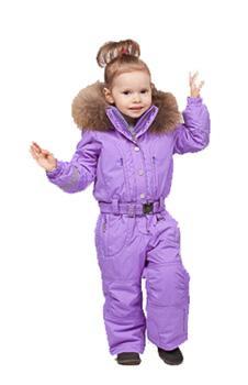 Комбинезон с иск.мех 1030-BBGL/AКомбинезоны<br>Зимний мембранный комбинезон для девочек. <br> <br><br>Мембрана – 8000 мм.<br>Утеплитель – SPECTM SD.<br>Водоотталкивающее покрытие Teflon.&lt;/li...<br><br>Цвет: Фиолетовый<br>Размер: 3A