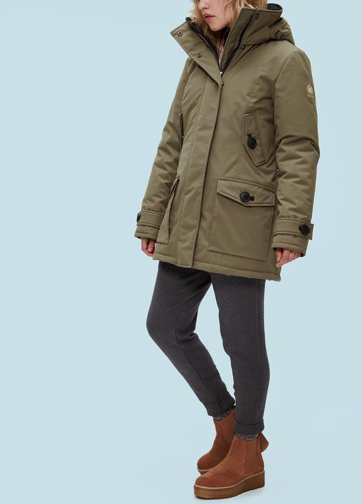 Куртка женская Boreal F 58D Climashield CoyoteКуртки<br><br> Куртка Kanuk Boreal сочетает в себе непревзойденный стиль и функциональность.Верхняя ткань Taslan с гидрофобной микропористой мембраной очень прочная и одновременно легкая, гарантирует максимальную защиту от ветра и осадков. Износостойкий синтетиче...<br><br>Цвет: Хаки<br>Размер: S