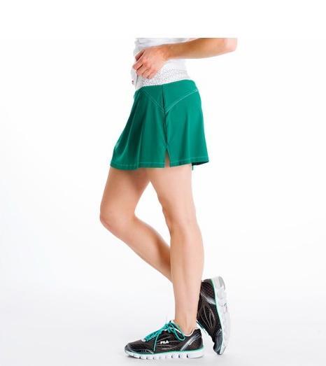 Юбка LSW0911 LANGELINE SKIRTЮбки<br><br> Классическая короткая спортивная юбка Lole Langeline Skirt LSW0911 оптимально подходит для занятий теннисом или прогулок. Она очень удобна: плоские швы не натирают кожу, мягкая ткань приятна на ощупь, а эластичный пояс легко регулирует высоту посад...<br><br>Цвет: Зеленый<br>Размер: M