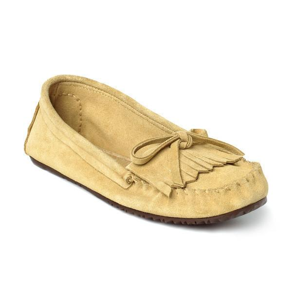 Мокаксины Sunshine Moccasin женскМокасины<br>На языке канадских аборигенов слово «мокасины» означает «обувь» или «тапочки». Предки современных жителей Канады – метисы – вручную шили мокасины, чтобы носить их на улице летом. Сегодня компания Manitobah продолжает эти традиции, сочетая национальные ...<br><br>Цвет: Бежевый<br>Размер: 11