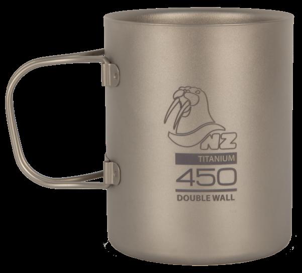 Термокружка (титан) NZ TMDW-450FHЧашки, кружки<br>Титановая термокружка NZ TMDW450FH Ti Ti Double Wall Mug 450 ml. Кружка объемом 450 мл не обжигает руки и губы, имеет минимальный вес и складные ручки.<br><br>Вес: 124 г<br>Материал: Титан<br>Объём: 450 мл<br>Размер: 85х85х103 мм&lt;...<br><br>Цвет: Серый<br>Размер: None