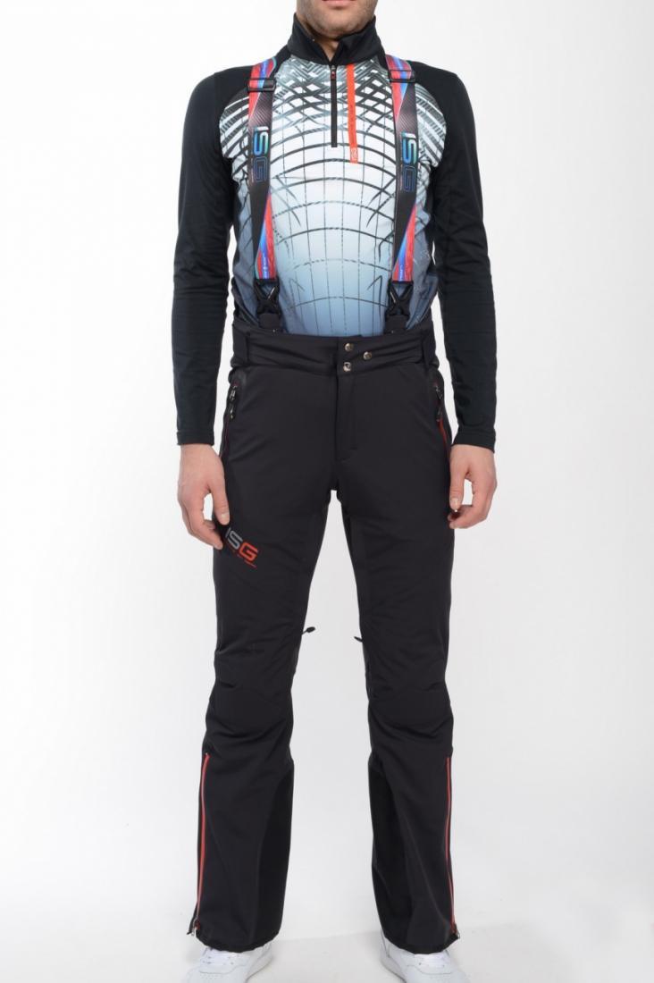 Брюки утепленные 225041Брюки, штаны<br>Горнолыжные брюки из трехслойной мембранной ткани эргономичного кроя. Уникальный кибер-дизайн. Сложная эластичная подкладка.<br> <br> Осо...<br><br>Цвет: Черный<br>Размер: 54