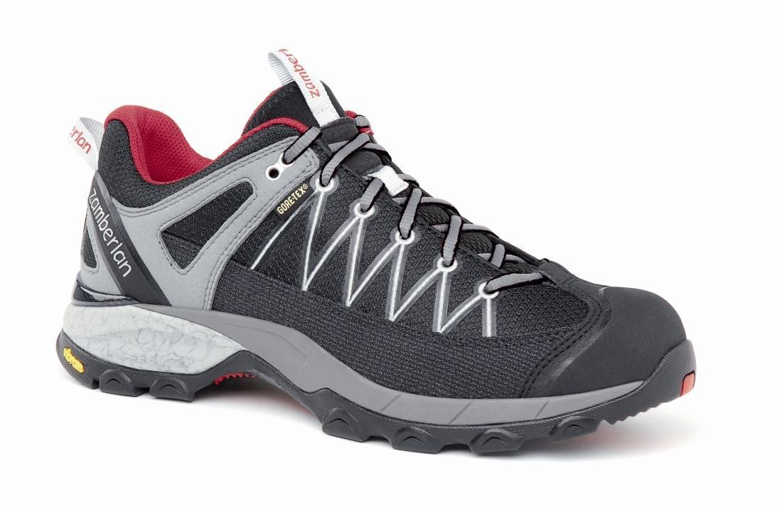 Кроссовки 130 SH CROSSER GT RRХайкинговые<br><br> Стильные удобные ботинки средней высоты для легкого и уверенного движения по горным тропам. Комфортная посадка этих ботинок усовершенствована за счет эксклюзивной внешней подошвы Zamberlan® Vibram® Speed Hiking Lite, мембраны GORE-TEX® и просторной...<br><br>Цвет: Темно-серый<br>Размер: 40