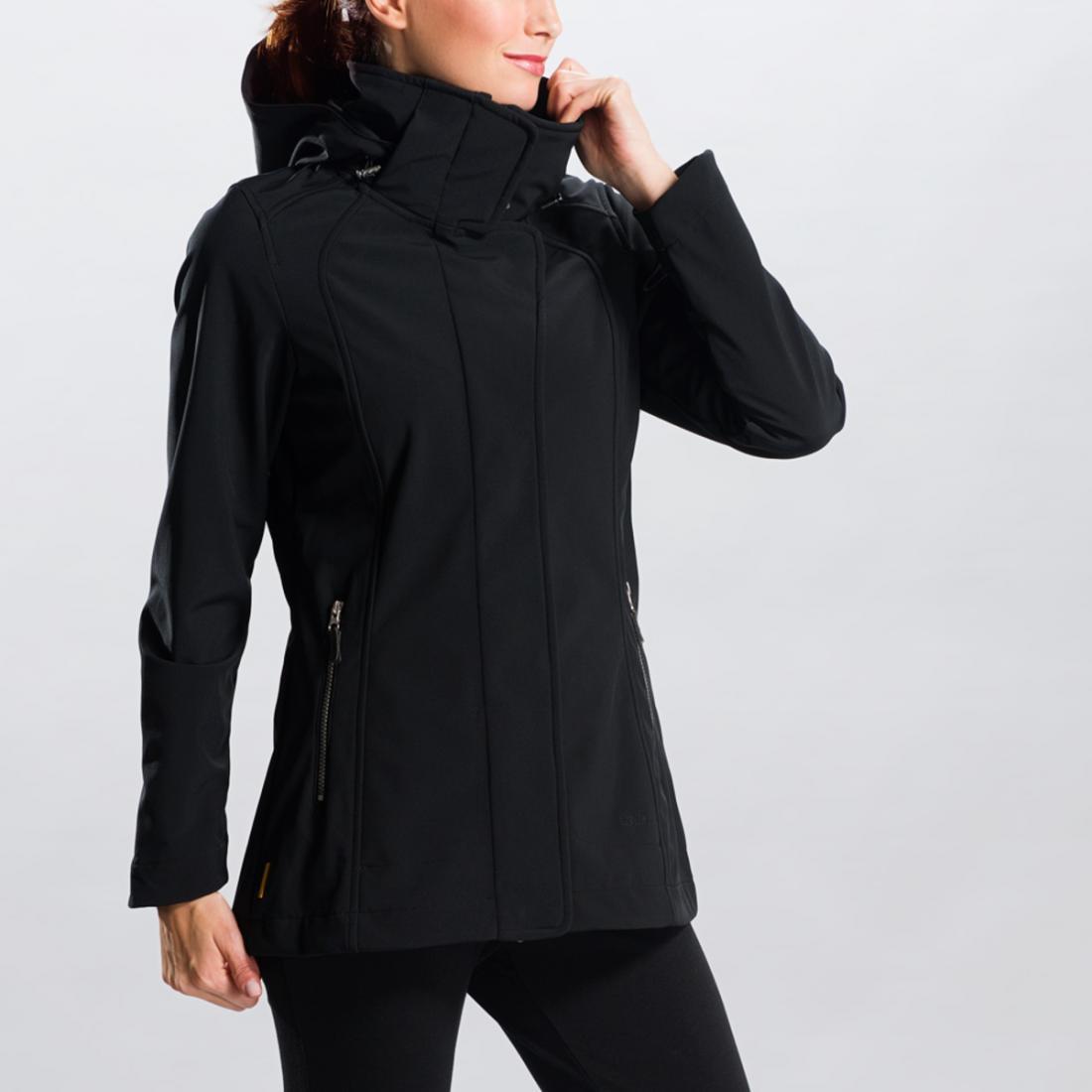 Куртка LUW0191 STUNNING JACKETКуртки<br>Легкий демисезонный плащ из софтшела с оригинальным принтом – функциональная и женственная вещь. <br> <br><br>Регулировки сзади на талии.<br>Воротник-стоечка.<br>Съемный капюшон со стяжками.<br>Два кармана на молнии.&lt;/li...<br><br>Цвет: Черный<br>Размер: XS