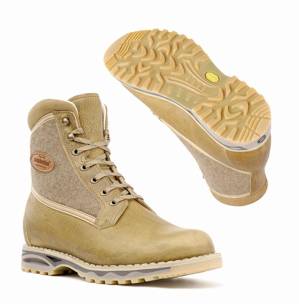 Ботинки 1037 ZORTEA NW WNSТреккинговые<br><br> Оцененная по достоинству модель грубых ботинок для бэкпекинга в ретро стиле. Внутренняя набивка и подкладка из мягкой телячьей кожи дают непревзойденное ощущение комфорта. Верх из ценной вощеной кожи Tuscany толщиной 2.4 mm. Новая подошва Zamberlan...<br><br>Цвет: Бежевый<br>Размер: 36