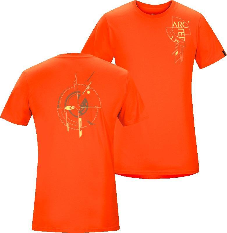 Футболка Gears T-Shirt SS муж.Футболки, поло<br><br> ДИЗАЙН: Футболка из хлопка с короткими рукавами и с рисунком, нанесенным с помощью цифровой печати. Логотип со словом ARC на левой стороне груди, абстрактный коллаж из выступов, цепей и геометрических линий на спине.<br><br><br> НАЗНАЧЕНИЕ: Каждо...<br><br>Цвет: Оранжевый<br>Размер: XL
