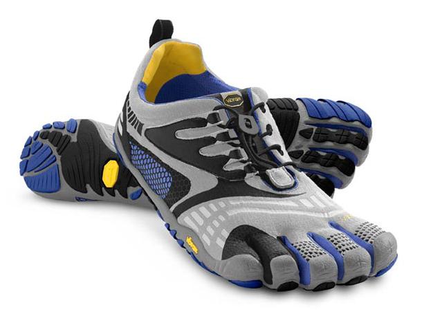 Мокасины FIVEFINGERS KOMODO SPORT LS MVibram FiveFingers<br>Модель разработана для любителей фитнесса, и обладает всеми преимуществами Komodo Sport. Модель оснащена популярной шнуровкой для широких стоп и высоких подъемов. Бесшовная стелька снижает трение, резиновая подошва Vibram  обеспечивает сцепление и необ...<br><br>Цвет: Серый<br>Размер: 40