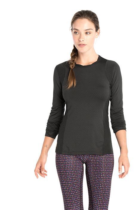 Топ LSW1466 GLORY TOPФутболки, поло<br><br> Функциональная футболка с длинным рукавом создана для яркого настроения во время занятий спортом. Мягкая перфорированная фактура и фу...<br><br>Цвет: Черный<br>Размер: M