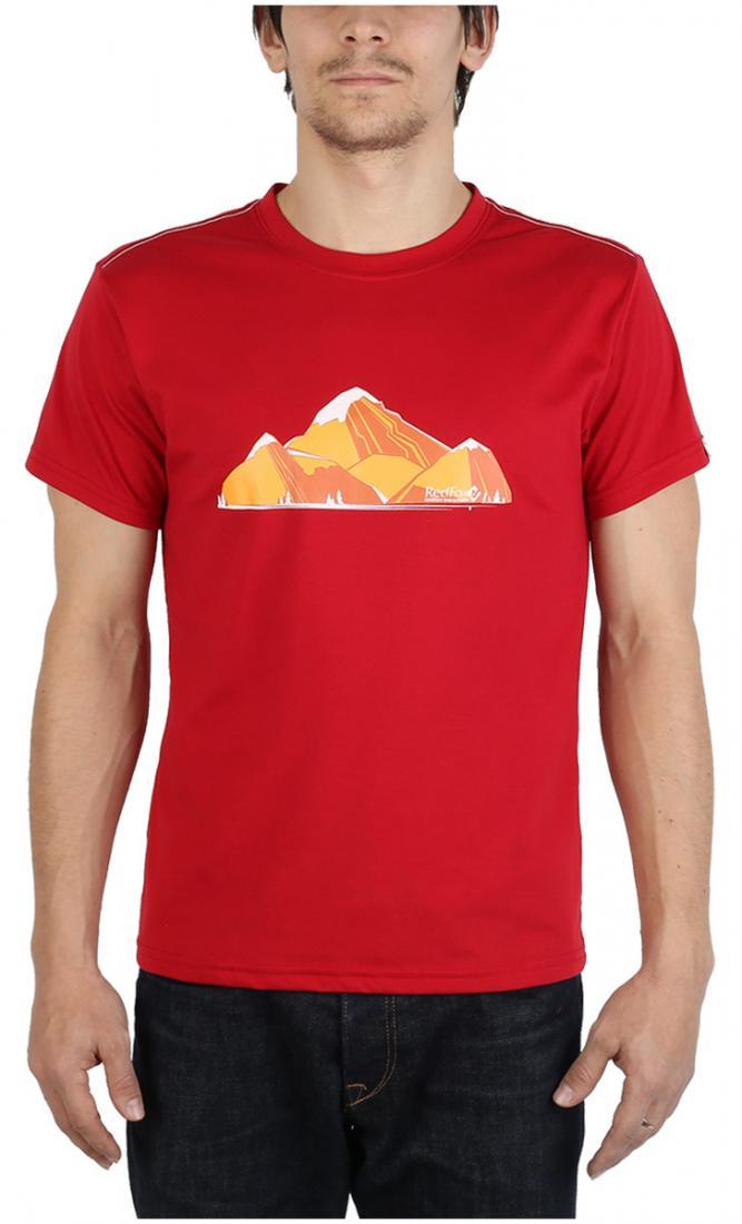 Футболка Fraser МужскаяФутболки, поло<br><br> Легкая и прочная футболка с оригинальным аутдор принтом , выполненная из ткани на 70% состоящей из полиэстера и на 30% из хлопка, что способствует большей износостойкости изделия. создает отличную терморегуляцию и оптимальный комфорт в повседневном...<br><br>Цвет: Бордовый<br>Размер: 52