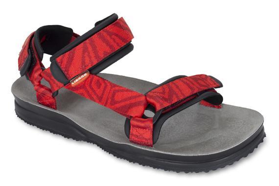 Сандалии HIKEСандалии<br>Легкие и прочные сандалии для различных видов outdoor активности<br><br>Верх: тройная конструкция из текстильной стропы с боковыми стяжками и застежками Velcro для прочной фиксации на ноге и быстрой регулировки.<br>Стелька: кожа.<br>&lt;...<br><br>Цвет: Красный<br>Размер: 39