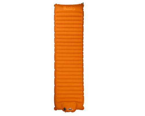 Коврик Cosmo™ Insulated 20Коврики<br><br>NEMO - легендарный американский бренд с 12- летней историей, создатель инновационной неподражаемой технологии AirSupported (воздушных дуг для палаток). В своих продуктах всегда придерживается умного дизайна и использует самые передовые материалы. ...<br><br>Цвет: Оранжевый<br>Размер: None