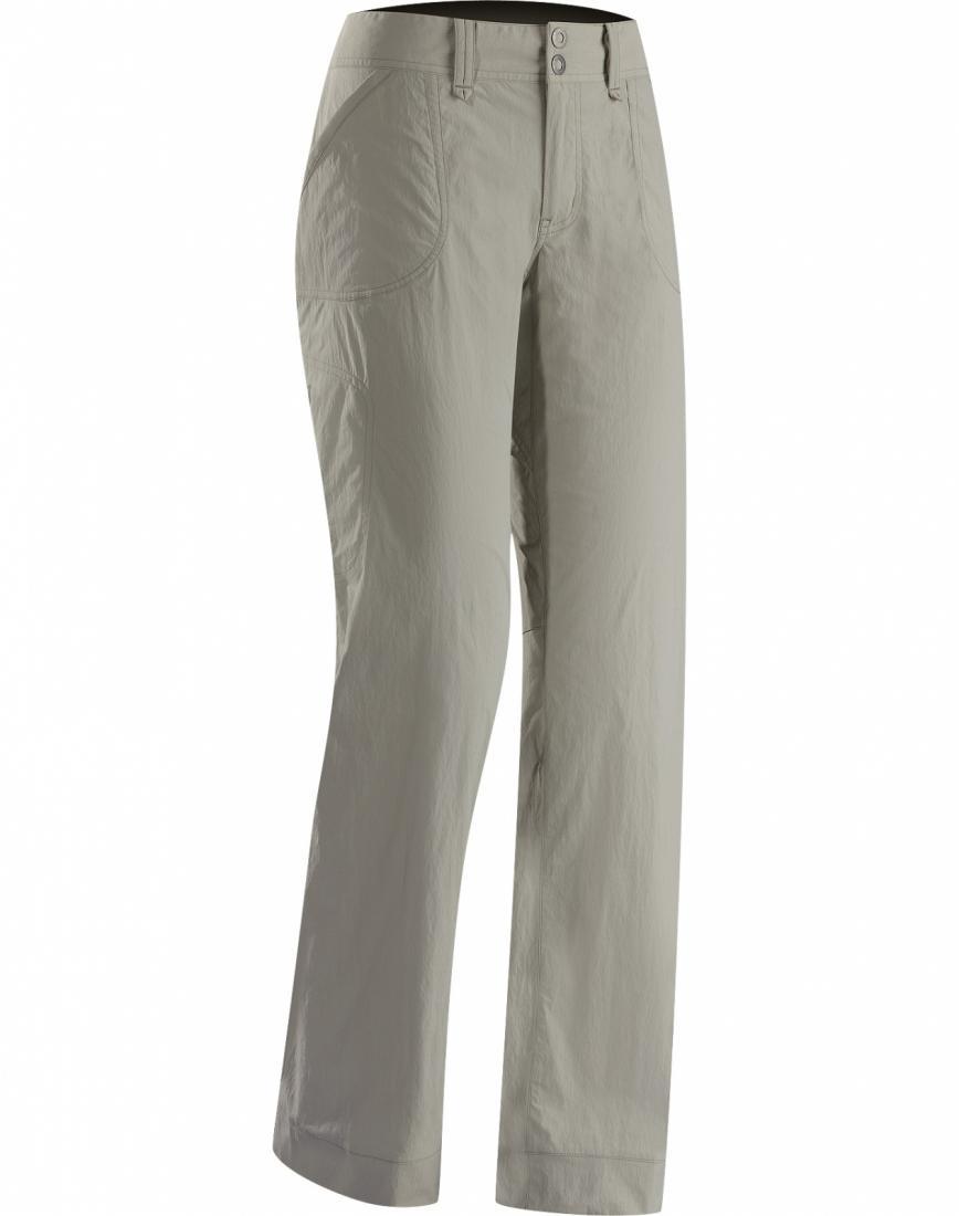 Брюки Parapet Pant жен.Брюки, штаны<br>ДИЗАЙН: Универсальные легкие брюки для пеших походов из износостойкой, не мешающей движениям ткани TerraTex™. <br> <br>НАЗНАЧЕНИЕ: Хайкинг, пеш...<br><br>Цвет: Серый<br>Размер: 2