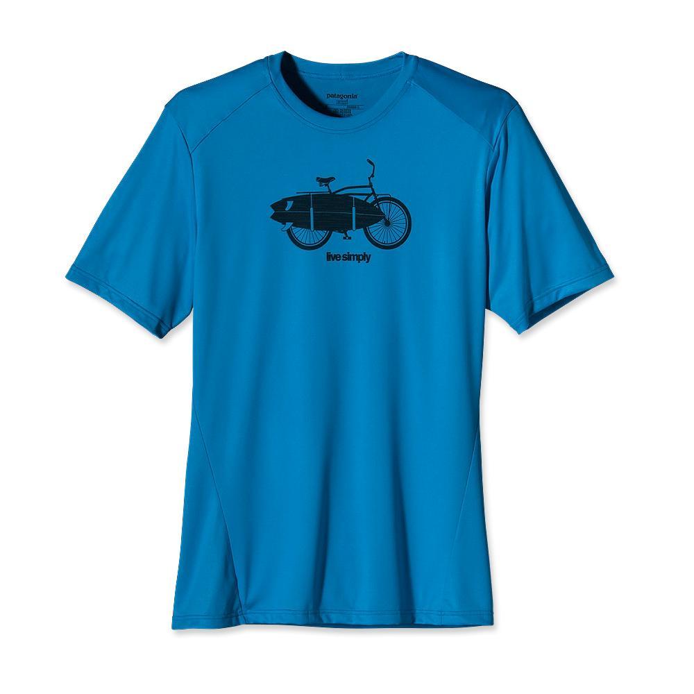 Футболка 45321 MS CAP1 SW GRAPH TSФутболки, поло<br><br> Модна, удобна универсальна футболка CAP1 SW GRAPH TS – прекрасный вариант дл мужчин, которые заниматс туризмом или спортом. Эта модель считаетс самой легкой и качественной среди линейки термобель от Patagonia. Материал обработан специальной...<br><br>Цвет: Голубой<br>Размер: XL