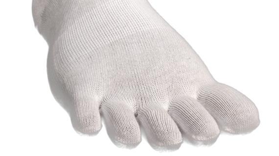 Носки Lizard  X-TOES RUN midНоски<br><br> Носки X-TOЕS позволяют ступне и каждому пальцу свободно двигаться, улучшают биохимический ритм, увеличивают эффективность работы задействованных мышц.<br><br><br> Ступня – это чудо биохимии, и только когда все части ступни работают свободно и нез...<br><br>Цвет: Белый<br>Размер: L