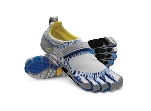 Мокасины FIVEFINGERS BIKILA MVibram FiveFingers<br>В отличие от любой другой обуви для бега, представленной на рынке, Bikila – первая модель, спроектированная специально для естественного и эффективного толчка подушечкой стопы. Основанная на абсолютно новой платформе, Bikilа обеспечивает защиту и распреде...<br><br>Цвет: Серый<br>Размер: 46