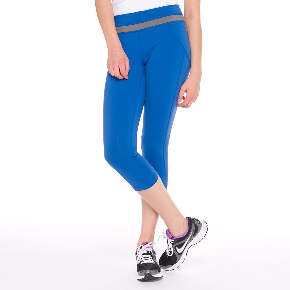Капри LSW1349 LIVELY CAPRISШорты, бриджи<br> Классические спортивные женские капри Lole Lively Capris – это оптимальное решение для фитнеса. Облегающая модель LSW1349 идеально сидит на фигуре,...<br><br>Цвет: Синий<br>Размер: L