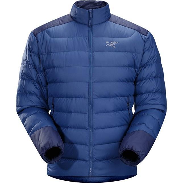 Куртка Thorium AR Jacket муж.Куртки<br><br> Мужская куртка Arcteryx Thorium AR Jacket станет идеальным вариантом для занятия спортом в прохладную погоду. Ее также можно надеть под пуховик или парку в морозы: благодаря небольшому весу эта модель идет как дополнительный слой одежды.<br><br>...<br><br>Цвет: Голубой<br>Размер: L