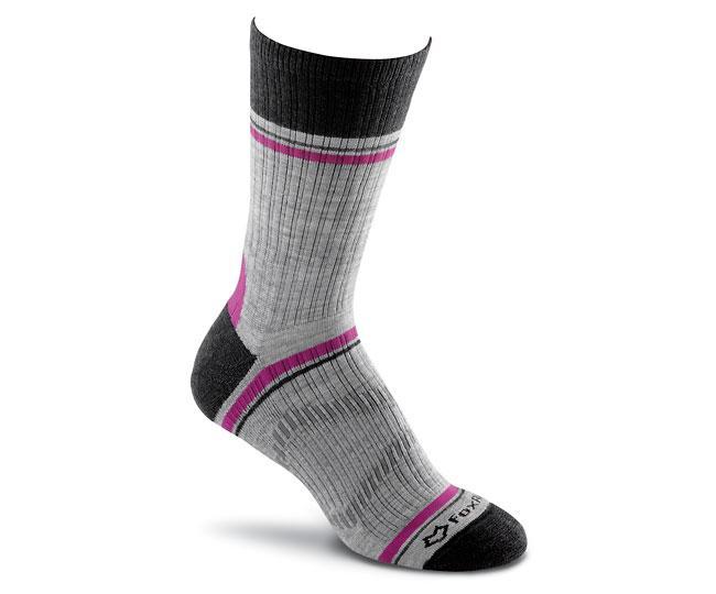 Носки турист. 2530 Skyline Crew жен.Носки<br>Эти тонкие носки подходят для любых приключений. Они изготовлены из устойчивых волокон TENCEL® и мериносовой шерсти, благодаря чему ваши ноги будут в сухости и тепле. <br>Эксклюзивная конструкция Helix Fit™обеспечивает бесподобную посадку и объемную комп...<br><br>Цвет: Черный<br>Размер: M