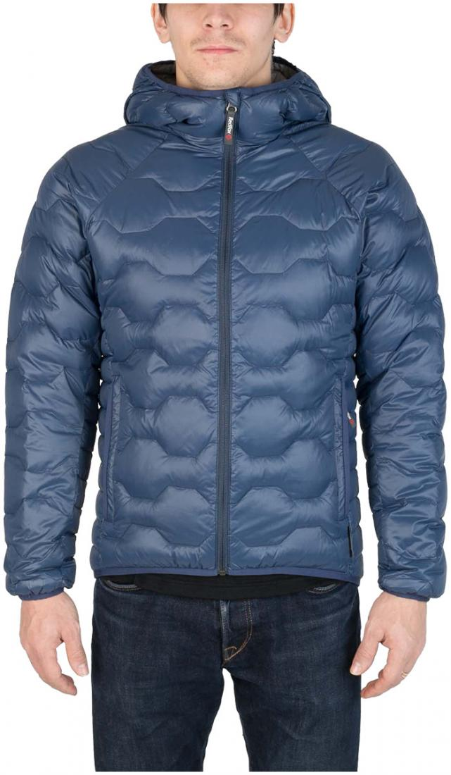 Куртка пуховая Belite III МужскаяКуртки<br><br> Легкая пуховая куртка с элементами спортивного дизайна. Соотношение малого веса и высоких тепловых свойств позволяет двигаться активно в течении всего дня. Может быть надета как на тонкий нижний слой, так и на объемное изделие второго слоя.<br><br>...<br><br>Цвет: Синий<br>Размер: 46