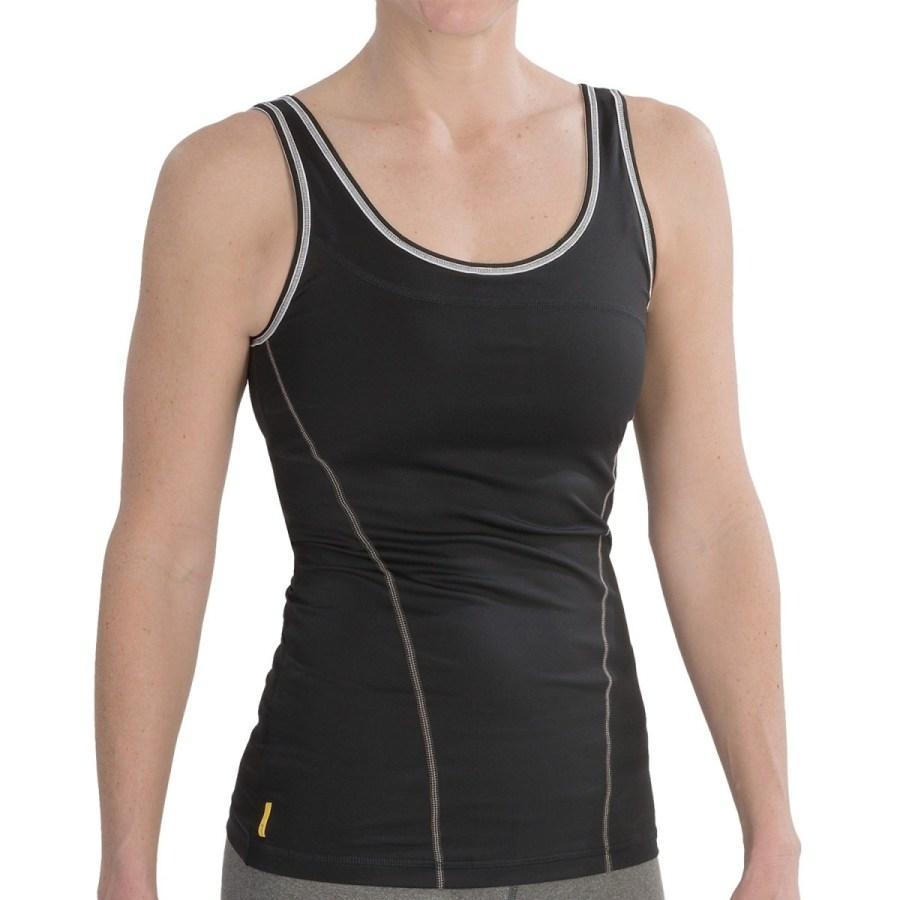 Топ LSW0933 SILHOUETTE UP TANK TOPФутболки, поло<br><br> Silhouette Up Tank Top LSW0933 – проста и функциональна футболка дл женщин от спортивного бренда Lole. Модель имеет широкий вырез на спине, придащий ей открытость и сексуальность, удобный анатомический крой, встроенный бстгальтер. Справа преду...<br><br>Цвет: Черный<br>Размер: M