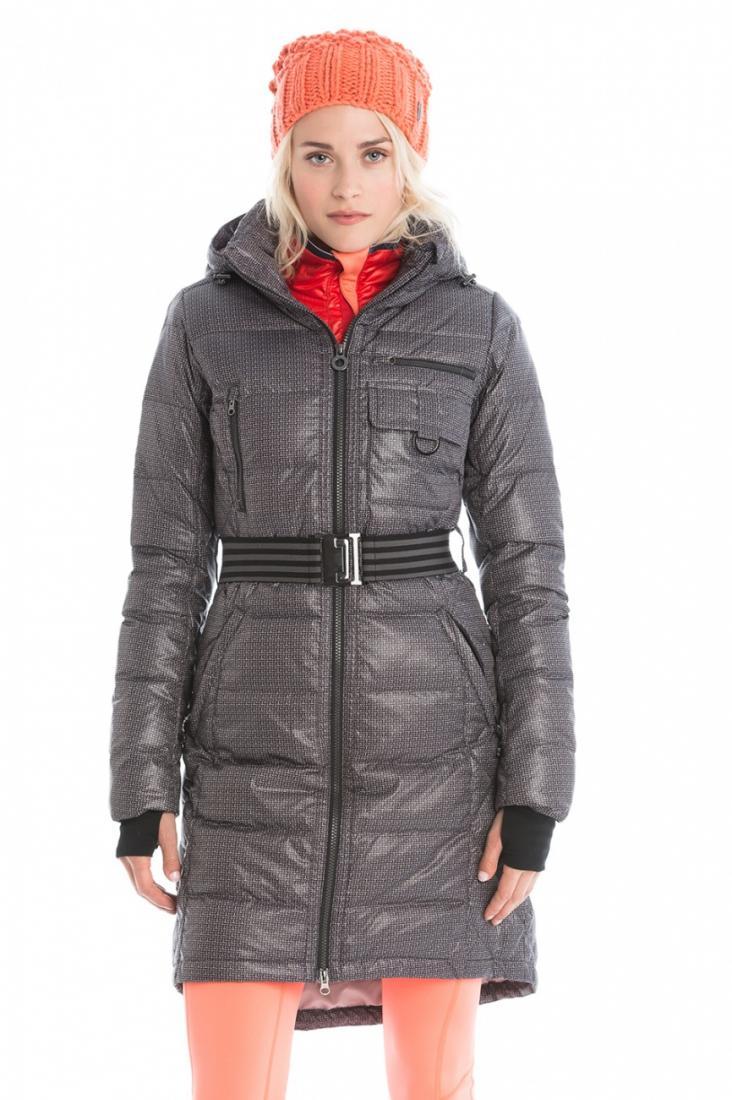 Куртка LUW0309 EMMY JACKETКуртки<br><br> Пуховое пальто Emmy - это must have для активных будней или путешествий в холодную погоду. Стильный удлиненный силуэт и стеганный дизайн создают изящный и легкий образ.Модель выполнена из влаго- и ветроустойчивого материала , надежно защитит от вет...<br><br>Цвет: Темно-серый<br>Размер: L