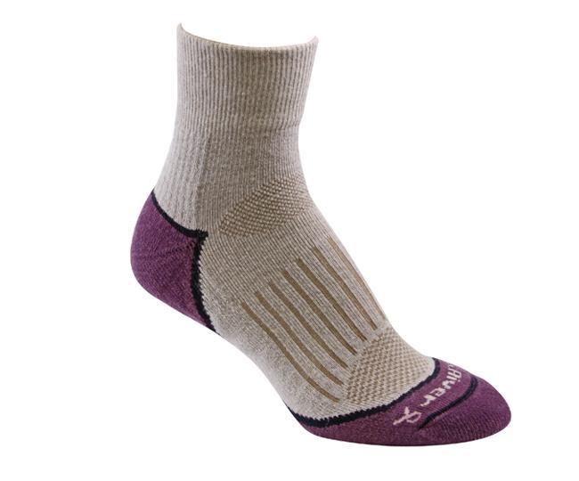 Носки турист.2557 STRIVE QTR жен.Носки<br>Эти тонкие носки из мериносовой шерсти обеспечивают комфорт и амортизацию во время любых путешествий. Носки созданы специально для женской стопы - с маленьким носком и узкой пяткой.<br><br><br>Система URfit™<br>Специальные вентилируемые ...<br><br>Цвет: Бежевый<br>Размер: M