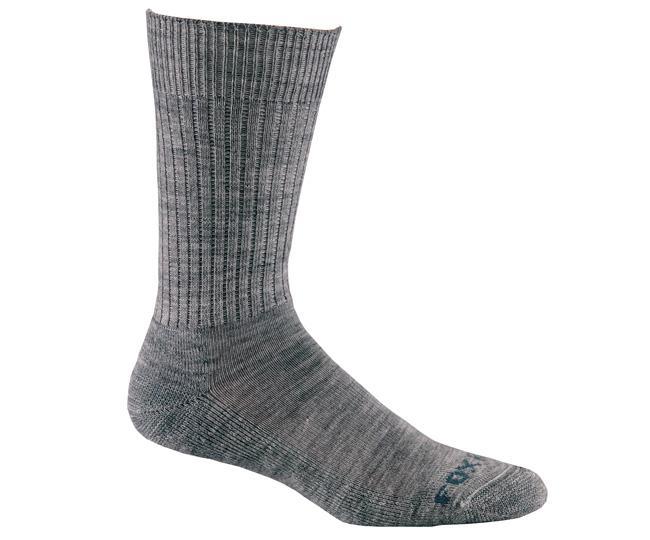 Носки повседневные 4612 TROUSERНоски<br>Эти тонкие носки из мягкой мериносовой шерсти обеспечат комфорт и тепло. Система URfit™ обеспечат прекрасную посадку.<br><br><br>Система URfit™<br>Амортизация на подошве и на носке смягчает удар и обогревает<br>Усиления на носке ...<br><br>Цвет: Серый<br>Размер: S