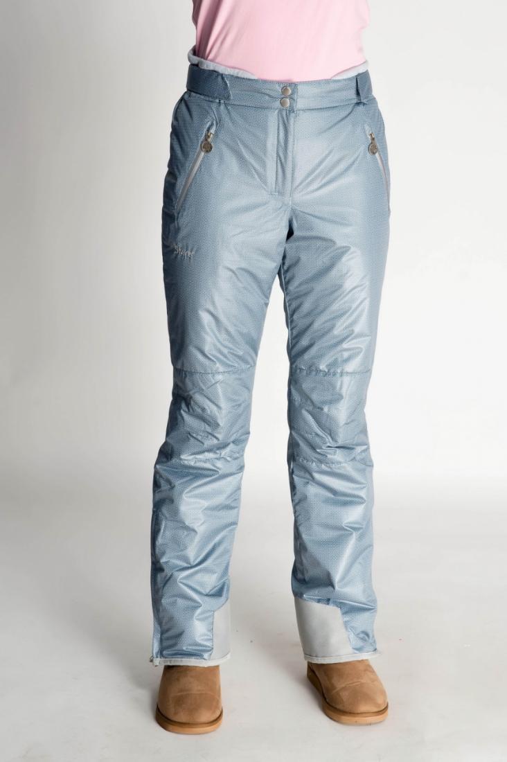 Брюки утепленные 233454Брюки, штаны<br>Практичные и функциональные горнолыжные брюки для женщин. Модель имеет удобную посадку, отлично смотрится на любой фигуре, имеет весь функ...<br><br>Цвет: Серый<br>Размер: 42