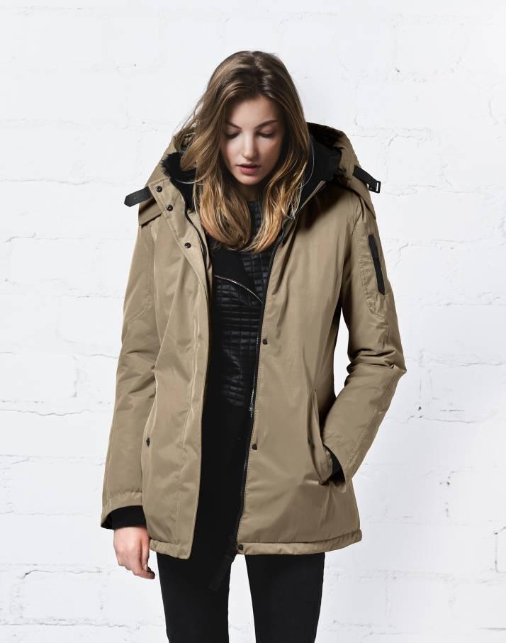 фото Куртка утепленная с мехом жен.Mayfair II